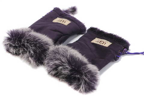 UGG Glove Purple