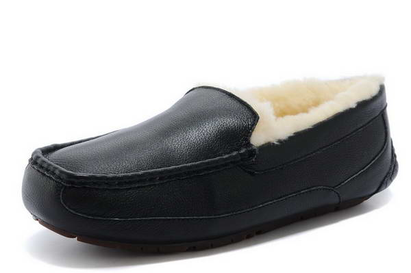 UGG beanie shoes 5379 black