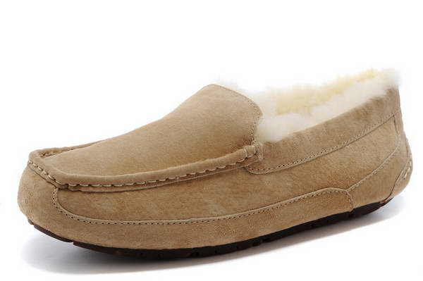 UGG beanie shoes 5775 sand