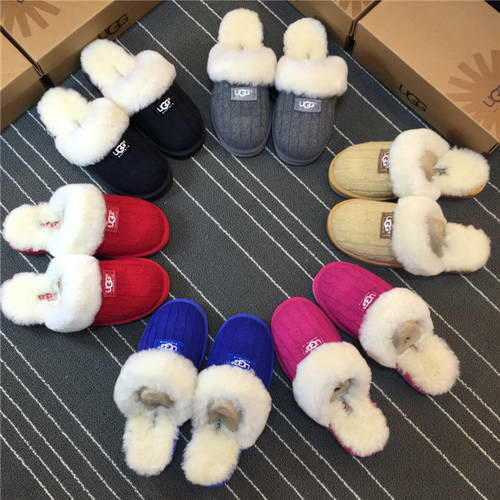 2015 New arrival UGG Slippers black